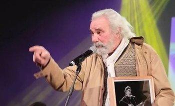 Roberto Darvin fue homenajeado en los Premios Graffiti