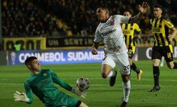 Dawson en su único acierto: le sacó un gol a Terans