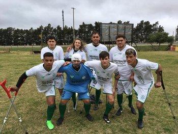 El equipo de Plaza de fútbol para amputados