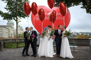 Suiza dice sí al matrimonio homosexual en un referéndum