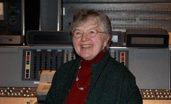 Frances Allen, la primera mujer que ganó el Nobel de la computación (y cómo ayudó a que tengas apps ultrarrápidas)