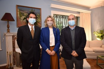 Rodrigo Zorrilla, Maria Gomenssoro y Santiago Guelfi