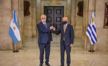 La reunión entre los ministros de defensa se dio este lunes en Argentina