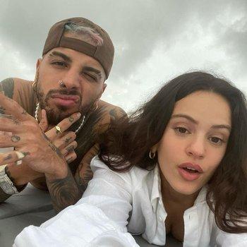 la pareja confirmó los rumores en sus redes sociales