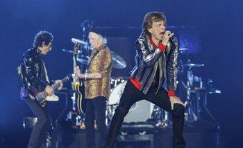 Mick Jagger,Keith Richards y Ronnie Wood dieron el primer show de la gira este domingo en St. Louise