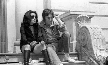 Yoko Ono y John Lennon pasaron un tiempo en Dinamarca, donde habrían grabado la cinta