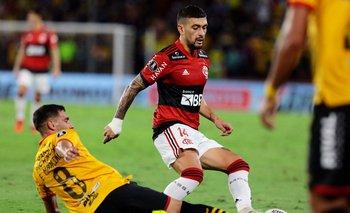 De Arrascaeta en el partido ante Barcelona