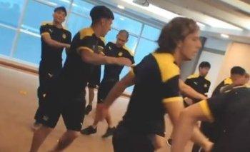 Agustín Canobbio y el resto de sus compañeros entrenaron en el hotel de Curitiba este jueves antes del partido ante Athletico Paranaense
