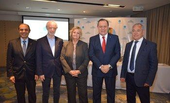 Aldo Elias, Juan Carlos López Mena, Liliam Kechichian, Gustavo Santos y Mario Barletta