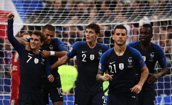 Con dos goles de Griezmann, Francia se lo dio vuelta a Alemania
