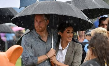 La pareja espera su segundo hijo y confirmó su retiro de las actividades públicas de la familia real