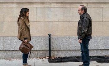 Kathryn Hahn y Paul Giamatti protagonizan a una pareja de intelectuales neoyorquinos