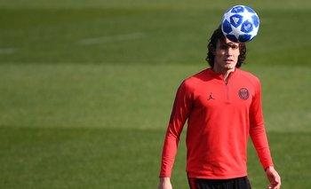 Cavani en un entrenamiento previo al partido con Napoli