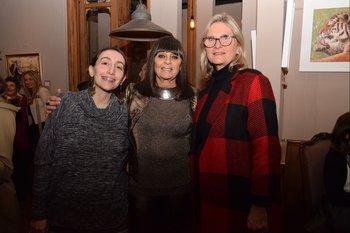 María José González, Ariadna Sorrentino y Christine Anciaux