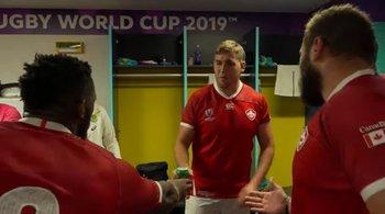 El canadiense Josh Larsen en el vestuario de los Springboks para pedir disculpas