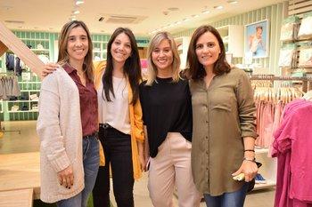 Beatriz Ipar, Gabriela León, Lucia Comas y Anna Paolini