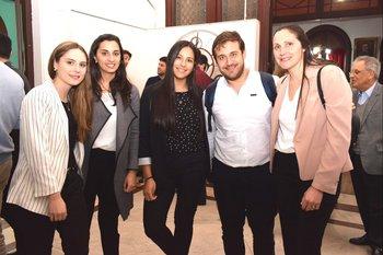Natalia Méndez, Ana Hernández, Regina Reynoso, Diego Spaolonzi y María Leva