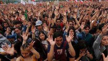 La marcha más grande de la historia de Chile fue contra la desigualdad provocada por su modelo económico.