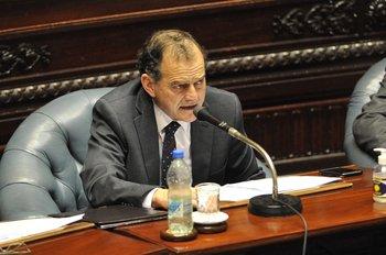 Manini Ríos confirmó en el Senado que su presentará el proyecto en los próximos días