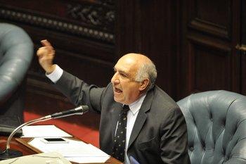Guillermo Domenech se emocionó hasta las lágrimas al relatar una situación en Cuba