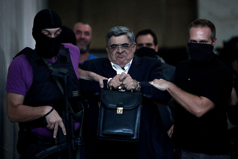 13 años de cárcel para líderes de Amanecer Dorado — Grecia