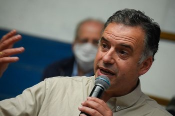 Yamandú Orsi, intendente de Canelones