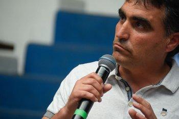 El intendente salteño, Andrés Lima, pidió este lunes suspender el retorno presencial de las clases en tres localidades de su departamento