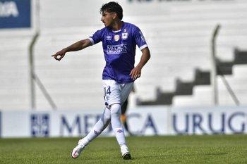Matías Rocha, debutante en la zaga