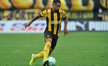 Juan Acosta se está ganando con mucho trabajo un nuevo contrato en Peñarol en base a rendimientos