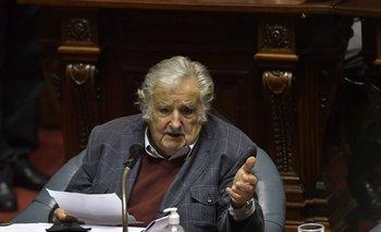 Mujica recibió su primera dosis de Pfizer