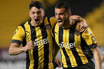 Joaquín Piquerez dejó Peñarol, al igual que lo hiciera hace unos días Fabricio Formiliano