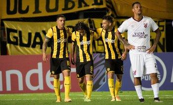 Britos y el 3-2 con Athletico Paranaense en la Libertadores 2020