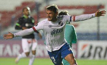 Gonzalo Bergessio fue elegido mejor jugador del Campeonato Uruguayo en Fútbolx100