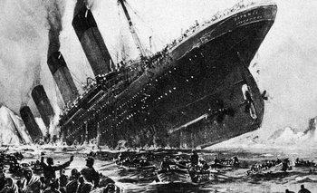 El hundimiento del Titanic es uno de los naufragios más famosos de la historia.