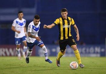Giovanni González se queda en Peñarol hasta fin de año