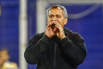 Ruben Paz técnico por el suspendido Saralegui