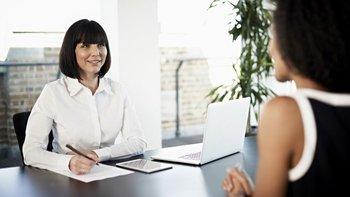 ¿En qué etapa de la postulación le preguntas a la empresa por el salario correspondiente al puesto al que postulaste?