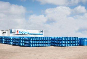RIOGAS celebra los 44 años de destacada trayectoria, desarrollando e impulsando el envasado, transporte y distribución de supergás