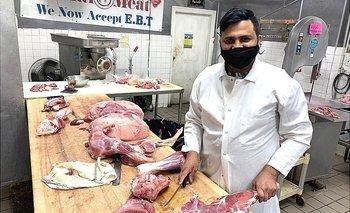 Shakeel Anjum trabaja en el Mercado de Carne Al Noor