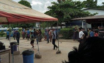 Los residentes retuvieron a las brigadas de vacunación durante casi siete horas