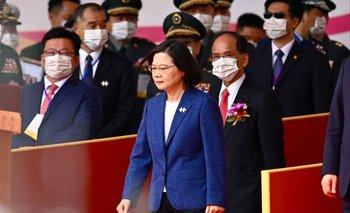Presidenta de Taiwan, Tsai, durante la celebración del día nacional
