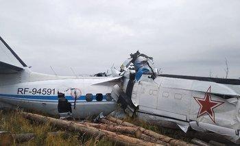 El avión se estrelló en Rusia y dejó como saldo 16 muertos