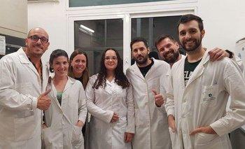 Parte del equipo que elaboró los tests que detectan la presencia del coronavirus