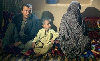"""Goljuma (derecha) elogió al Talibán: """"Las mujeres como yo no son como las mujeres en Kabul""""."""