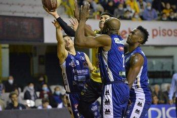 Demian Álvarez, 21 puntos en la final