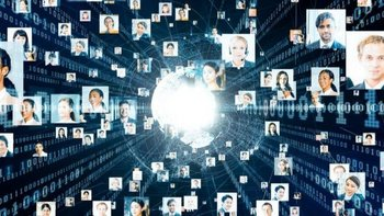 Un investigador defiende valores más humanos para la Inteligencia Artificial, en particular para los algoritmos que gobiernan las redes sociales