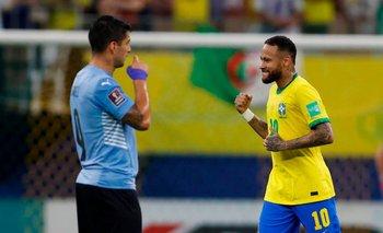 Suárez sufre, Neymar celebra