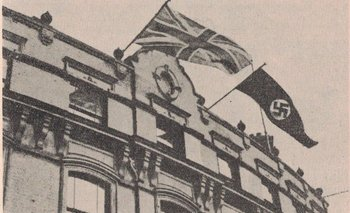 La fotografía fue impresa en un periódico de propaganda nazi