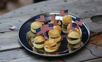 Parte de la carne uruguaya exportada a Estados Unidos se destina a elaborar hamburguesas.