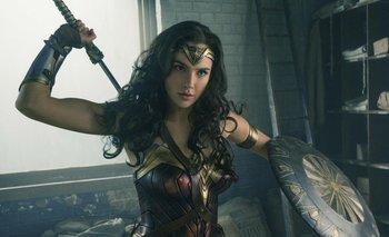 Gal Gadot como La mujer maravilla en Liga de la Justicia